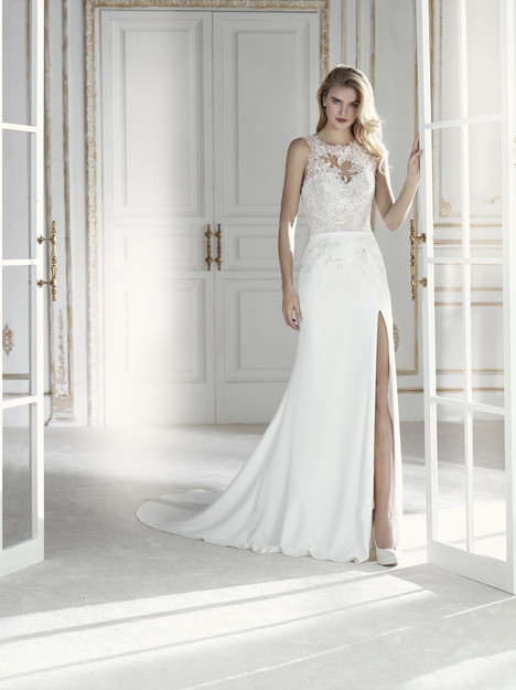 Paisaje Wedding                                          dress by La Sposa