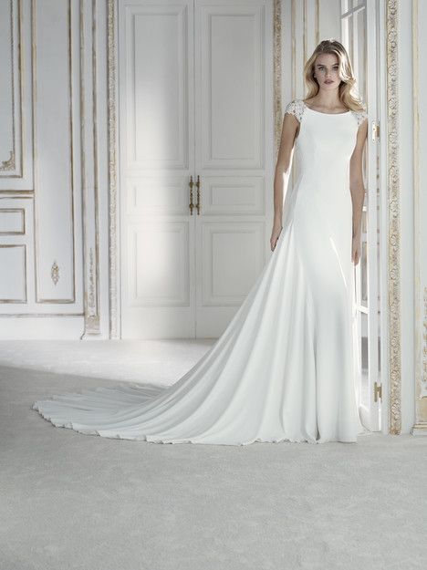 Palacio Wedding                                          dress by La Sposa