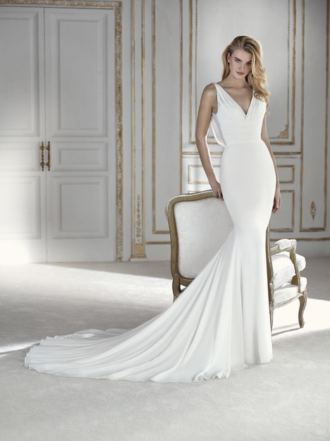 Palpito Wedding                                          dress by La Sposa