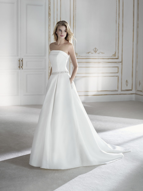 Paorina Wedding                                          dress by La Sposa