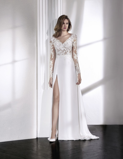 Leire Wedding                                          dress by St. Patrick
