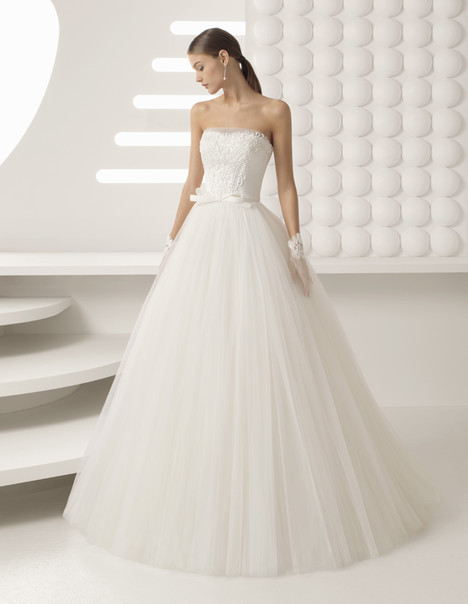 Agora Wedding                                          dress by Rosa Clara
