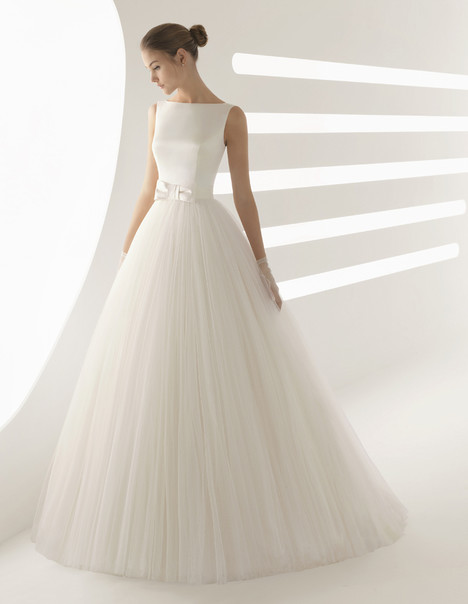 Aida Wedding                                          dress by Rosa Clara