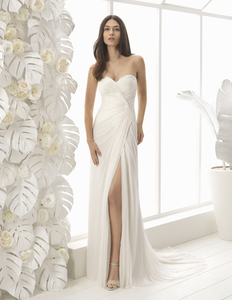 Lilo Wedding                                          dress by Rosa Clara : Soft