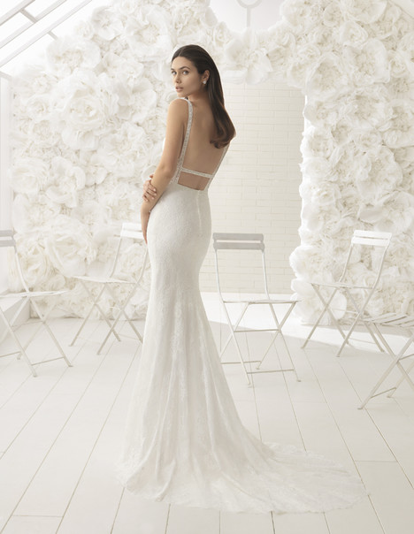 Livia gown from the 2018 Rosa Clara: Soft collection, as seen on dressfinder.ca