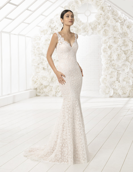 London Wedding                                          dress by Rosa Clara : Soft