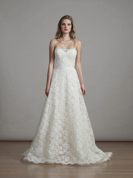 6886 Wedding                                          dress by Liancarlo