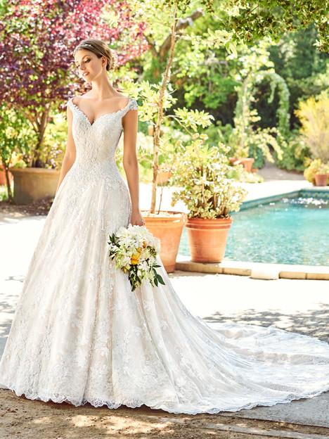 Azalia (D8141) Wedding dress by Val Stefani