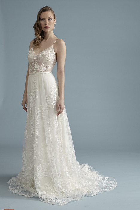 BA052 Wedding dress by Barbra Allin