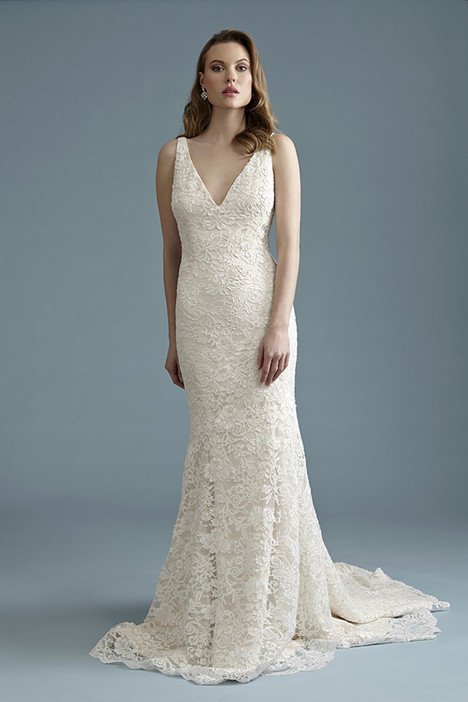 BA040 Wedding dress by Barbra Allin