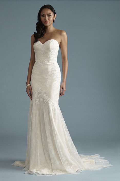 BA048 Wedding dress by Barbra Allin