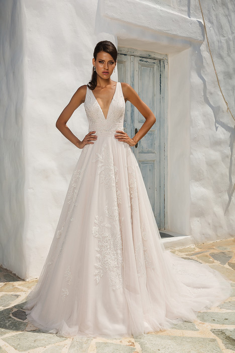 8953 Wedding                                          dress by Justin Alexander