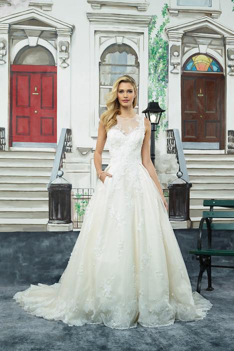 8965 Wedding                                          dress by Justin Alexander