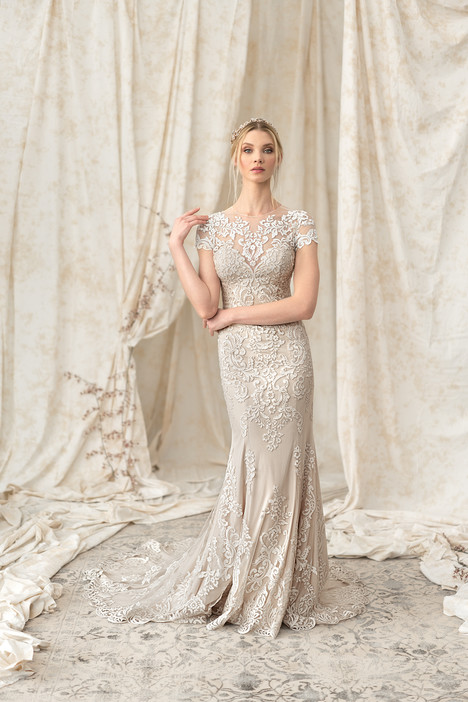 9899 Wedding                                          dress by Justin Alexander Signature