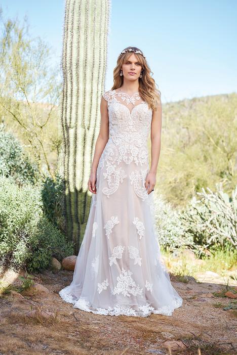 6512 Wedding                                          dress by Lillian West