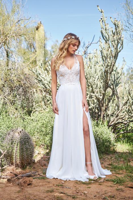 6515 Wedding                                          dress by Lillian West