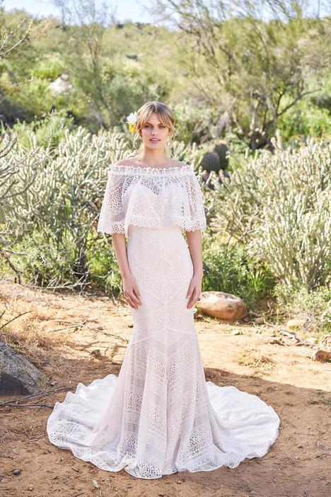 6516 (+ cape) Wedding                                          dress by Lillian West