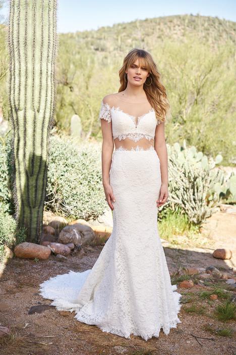 6519 Wedding                                          dress by Lillian West