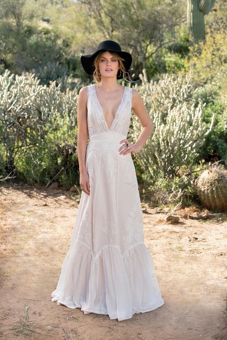 6524 Wedding                                          dress by Lillian West