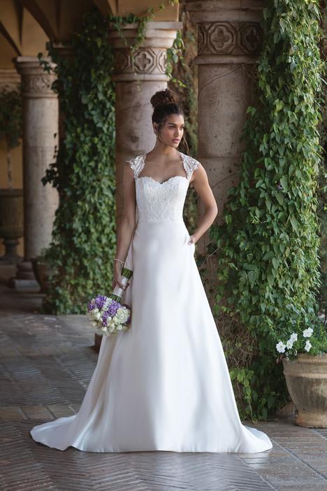 4001 Wedding                                          dress by Sincerity