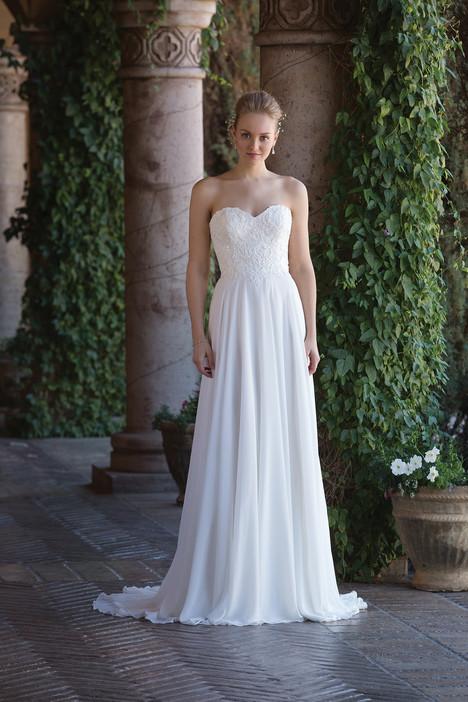 4003 Wedding                                          dress by Sincerity