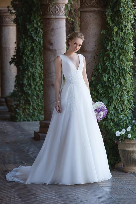 4006 Wedding                                          dress by Sincerity