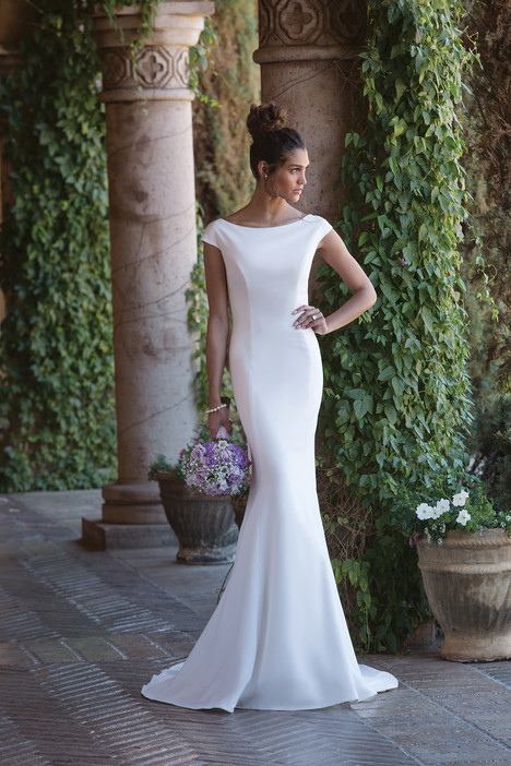 4007 Wedding dress by Sincerity