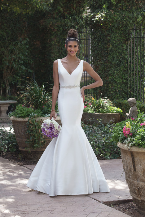 4008 Wedding                                          dress by Sincerity
