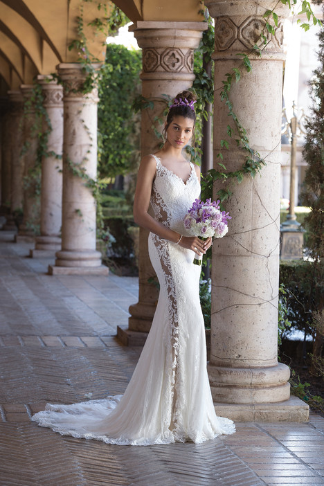 4011 Wedding                                          dress by Sincerity
