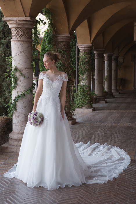 4012 Wedding                                          dress by Sincerity