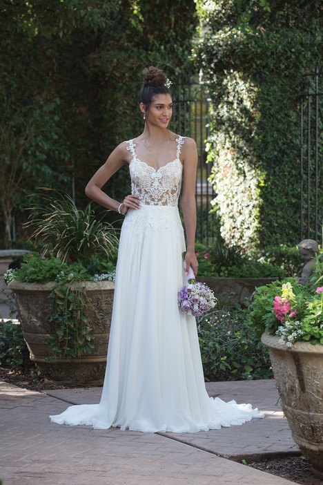 4014 Wedding                                          dress by Sincerity