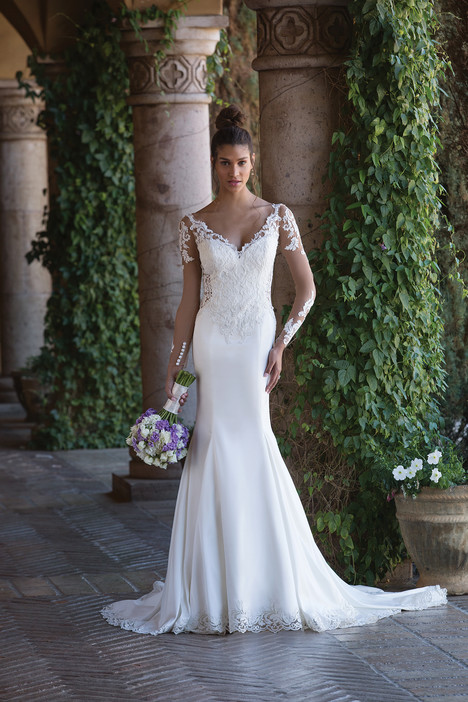 4015 Wedding dress by Sincerity