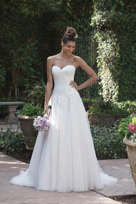 4019 Wedding                                          dress by Sincerity