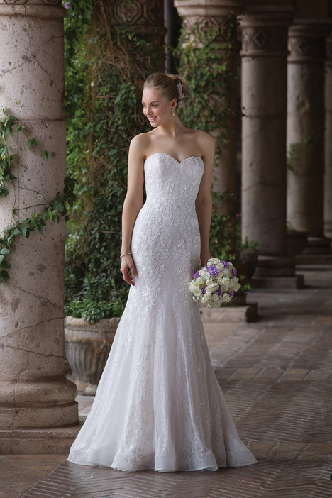 4020 Wedding                                          dress by Sincerity