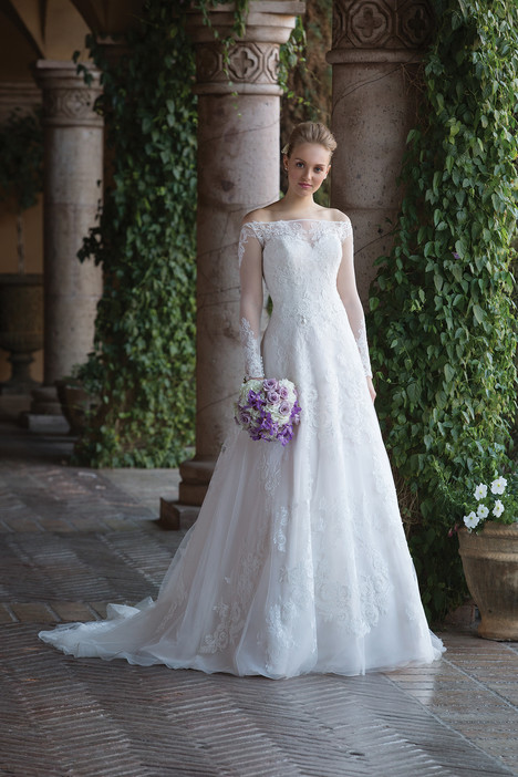 4024 Wedding                                          dress by Sincerity
