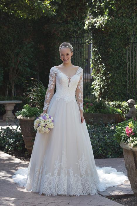 4025 Wedding                                          dress by Sincerity