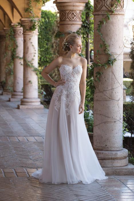 4026 Wedding                                          dress by Sincerity