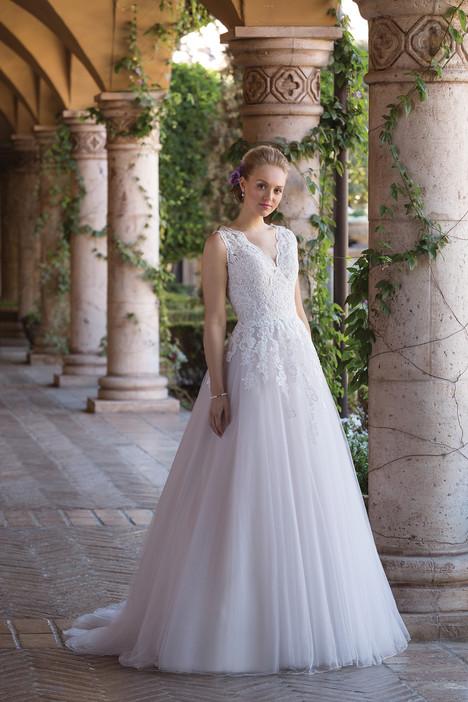 4032 Wedding                                          dress by Sincerity