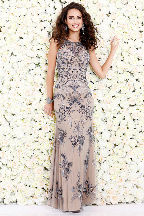 1121 gown from the 2017 Shail K : Prom collection, as seen on dressfinder.ca
