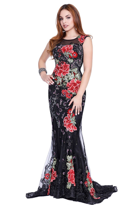4092 gown from the 2017 Shail K : Prom collection, as seen on dressfinder.ca
