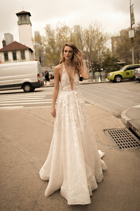 18-01 Wedding                                          dress by Berta Bridal