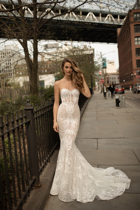 18-16 Wedding                                          dress by Berta Bridal