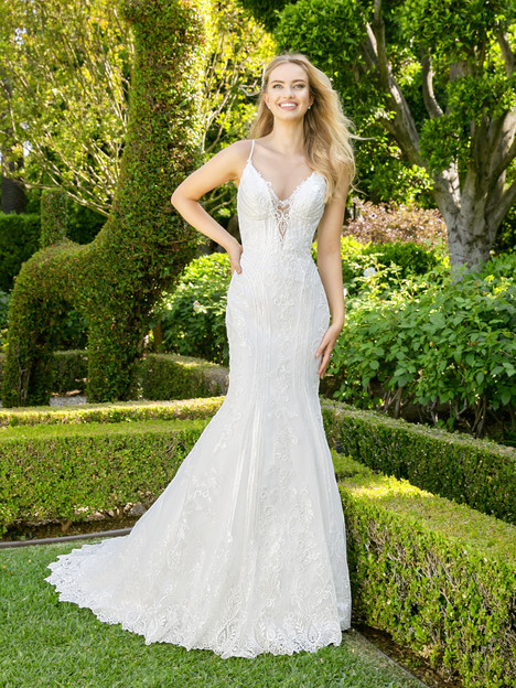 H1342 Wedding                                          dress by Moonlight : Couture