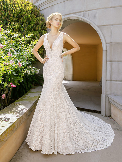 H1343 Wedding                                          dress by Moonlight : Couture
