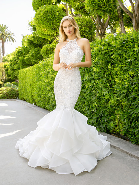 H1347 Wedding                                          dress by Moonlight : Couture