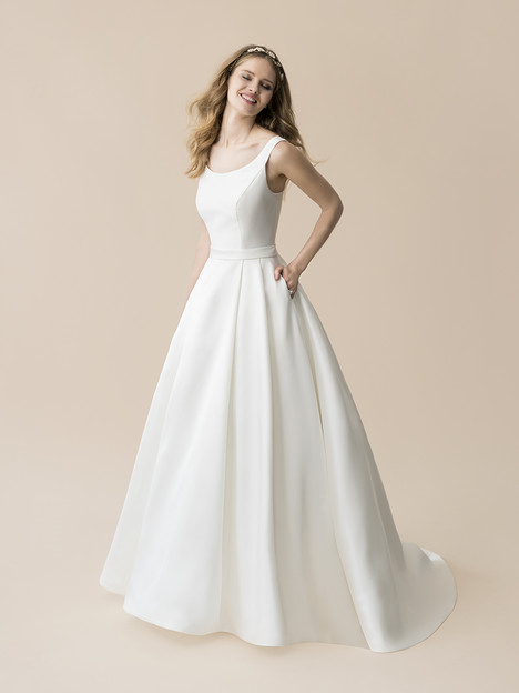 T805 gown from the 2018 Moonlight : Tango collection, as seen on dressfinder.ca