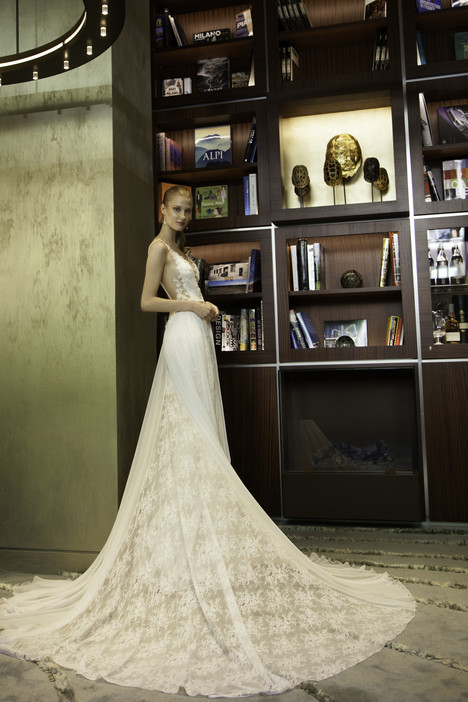 7001 Wedding                                          dress by Regina Schrecker Sposa