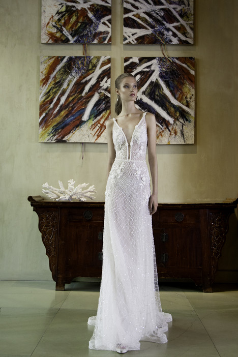 7004 Wedding                                          dress by Regina Schrecker Sposa