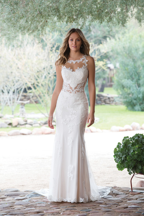 1143 gown from the 2018 Sweetheart collection, as seen on dressfinder.ca