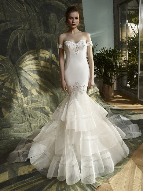 Kathy Wedding                                          dress by Enzoani : Blue